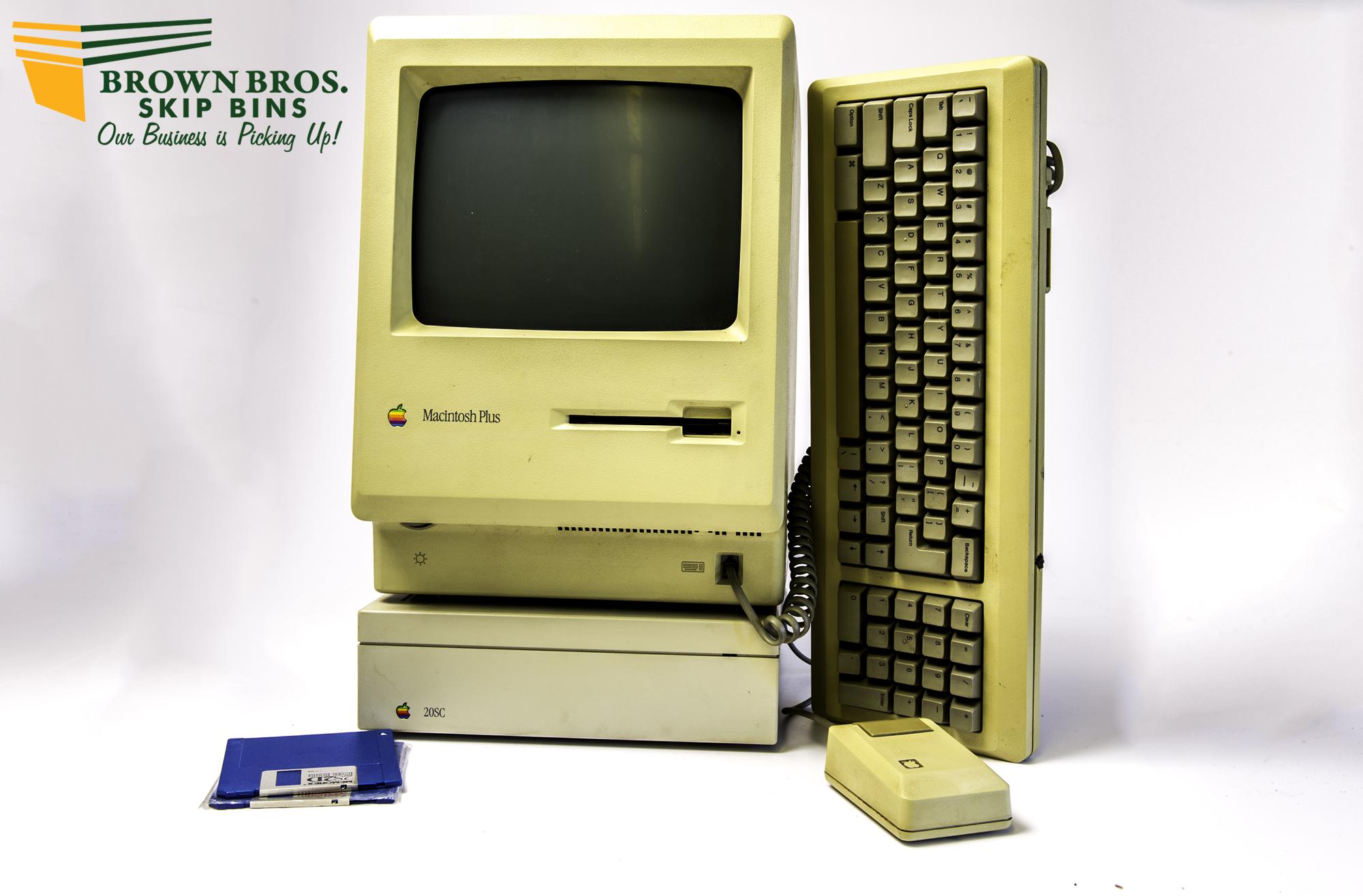 Macintosh Plus Computer